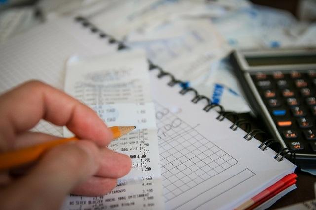 Deducir impuestos empresas